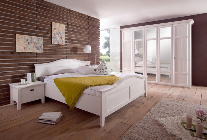 schlafzimmer christa im landhausstil in weiss pinie massiv 50 90 ca st02. Black Bedroom Furniture Sets. Home Design Ideas