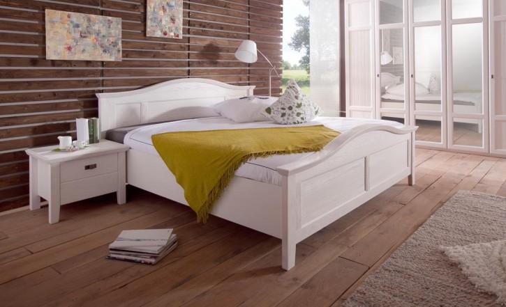 Bett 180 x 200 cm Christa im Landhausstil weiss Pinie Massiv