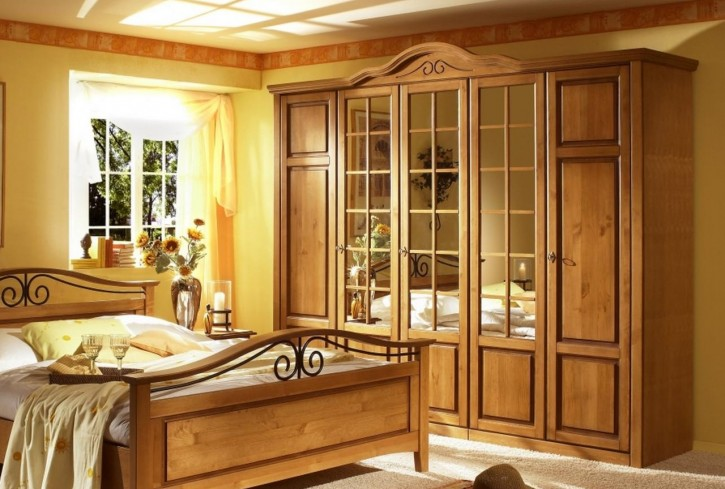 kleiderschrank 5trg sandra im landhausstil in old style honig 50 57 0d 25. Black Bedroom Furniture Sets. Home Design Ideas