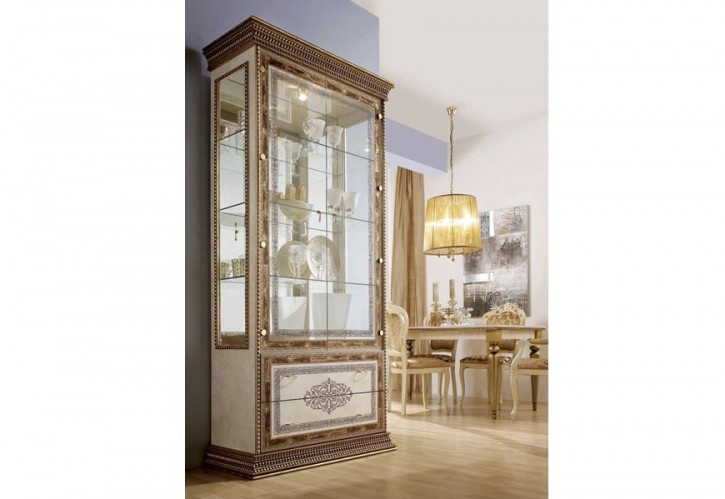 Vitrine 2-türig Jenny beige gold Klassik Stilmöbel Orient Italie