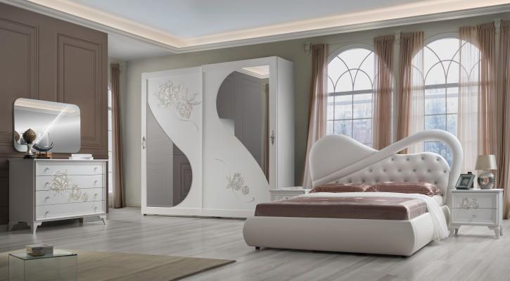 Schlafzimmer Peonia modern weiss Strasssteine Polsterung