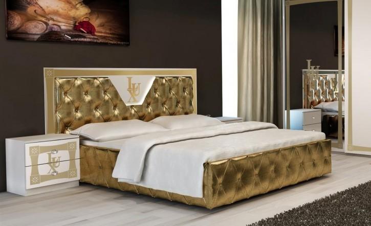 Bett Lux mit Lattenrost und LED am Kopfteil